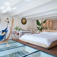 Exclusive room with sauna, City Center- canal view