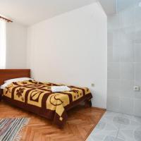 Charming room 2
