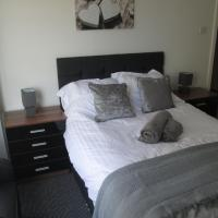 Colebrooke Mews, Close to Sefton Park, 5 mins to train station, free breakfast