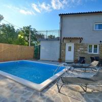 Holiday house with a swimming pool Sovinjsko Polje (Central Istria - Sredisnja Istra) - 16806