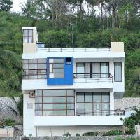 The Glass House - beachfront, vacation rental