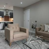 Modern and Stylish 1 bed apartment with balcony