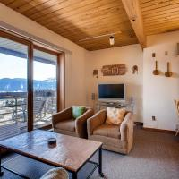 1 Br With Amazing Views Of Mountain Range & Wood Creek Condo