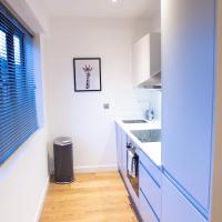 Stylish and Clean 1 Bed Apartment Maidenhead Town center