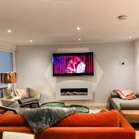 Lush Apartment -2Bedroom Duplex - Glasgow Green