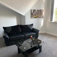 No 9 - LARGE 1 BED NEAR SEFTON PARK AND LARK LANE