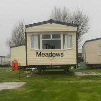 The Meadows Caravan - Sand Le Mere