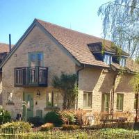 Juniper House, 33 Mill Village