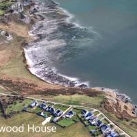 Driftwood House, East Cliff