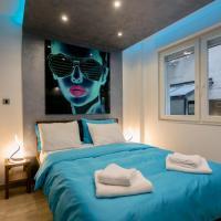 Cosmopolitan One Apartment