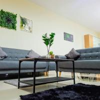 Puchong Setiawalk 8-12 pax 5min LRT Cozy Apartment