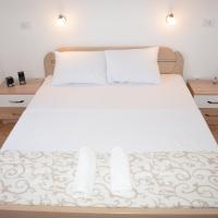Apartmani Gaga, hotel near Tivat Airport - TIV, Tivat