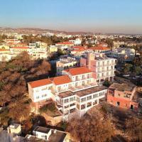 Axiothea Hotel, hotel em Pafos