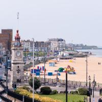 Margate Sands Apartment from SoHot Stays - Central Location - Free Breakfast