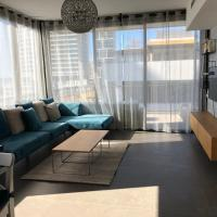 Sweethome26 - Luxury Apt Sea View 50m from the Beach