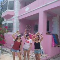 Da Pink And White Palace