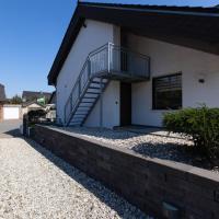 Serene apartment in Weeze with private garden, Hotel in der Nähe vom Flughafen Weeze Niederrhein - NRN, Weeze