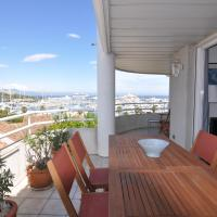 Stunning 2-bedroom apartment & panoramic sea view