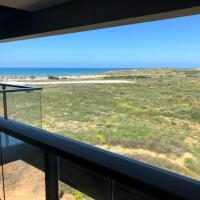 Luxury 3 BR Sea View Apartment near the Beach + Parking