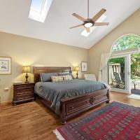 3 Bed 2 Bath Vacation home in Santa Rosa