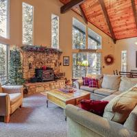 4 Bed 2 Bath Vacation home in Arnold