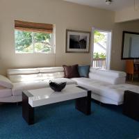 Villa Indigo Sunny 1BR Apartment in Private Gated Estate