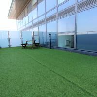 Media City Roof Top Garden Apartment