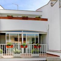 Holiday Home Lido dei Pini - ILA02359-F