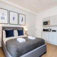 HUGE Luxurious Georgian Apartment -Sleeps 14