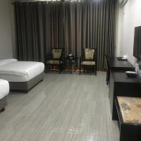Mong Kok Luxury Hotel