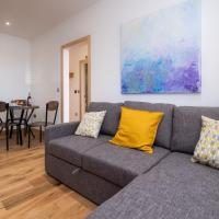 Hazel – Three Tuns Apartments