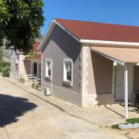 Petros Rooms & Apartments