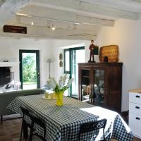 Ty Billy, cosy traditional home, 1km from the beach
