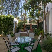 QUAINT HOUSE NEAR THE BEACH, 10 PAX, MALGRAT DE MAR