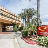 Econo Lodge Inn & Suites Riverside