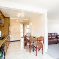 Large 3BDR house w/private garden in Woodingdean