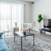 Modern Condo Near OHare and Midway Airport OAK8