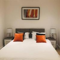 Slough High street Apt - 10mins Windsor and 20mins from Heathrow