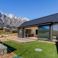Remarkable Vista - Queenstown Holiday Home