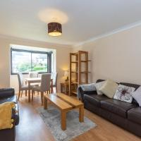 Central House St Andrews, Sleeps 8