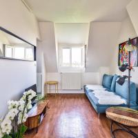 Beautiful two-room apartment in the sun *Paris 15*