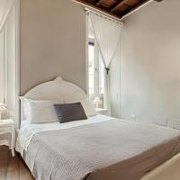 Stunning 3 Bed 3 bath flat 2min from Spanish Steps