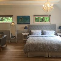 Reed House at Maleny-Blue Boudoir