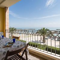Casa fronte spiaggia, terrazzo, wifi, garage