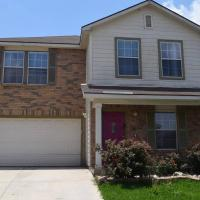 Your Ideal Getaway Home! Close to UTSA & Six Flags