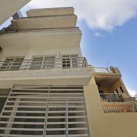 Elegant 1BR Homestay in Faridabad