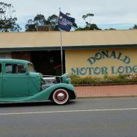 Donald Motor Lodge