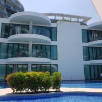 Twin Sands Resort & Spa