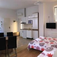 Apartments & Rooms Nardin