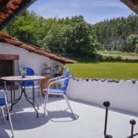 A Charming , Traditional Cottage at Quinta da Ribeira